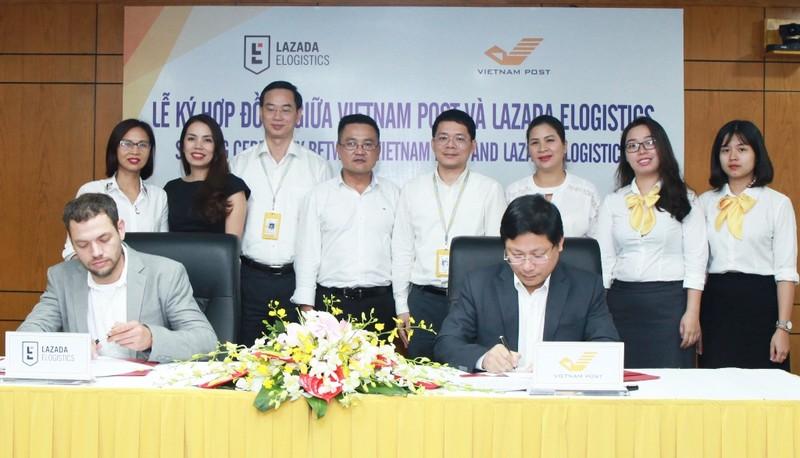Lazada eLogistics kí hợp tác với Bưu điện Việt Nam - ảnh 1