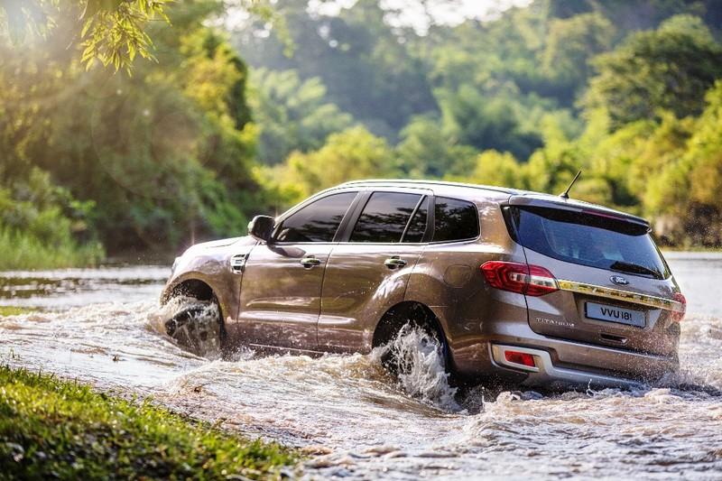 Ford Everest mới: động cơ diesel Bi-Turbo, hộp số 10 cấp - ảnh 3