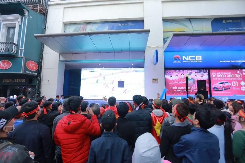 NCB tiếp lửa cho U23 Việt Nam trận chung kết - ảnh 1