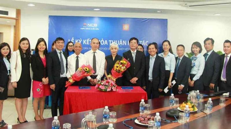 NCB ký hợp tác Hiệp hội Doanh nghiệp Việt Nam ở nước ngoài - ảnh 1