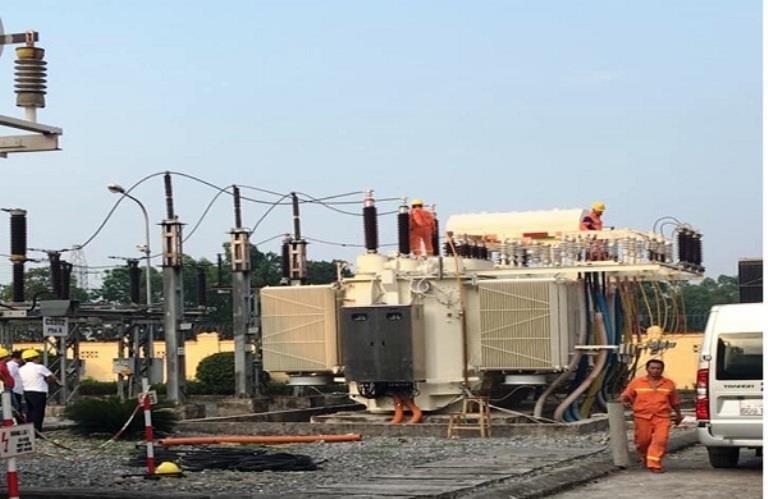 EVNNPC: Nâng công suất chống quá tải điện mùa nóng - ảnh 1