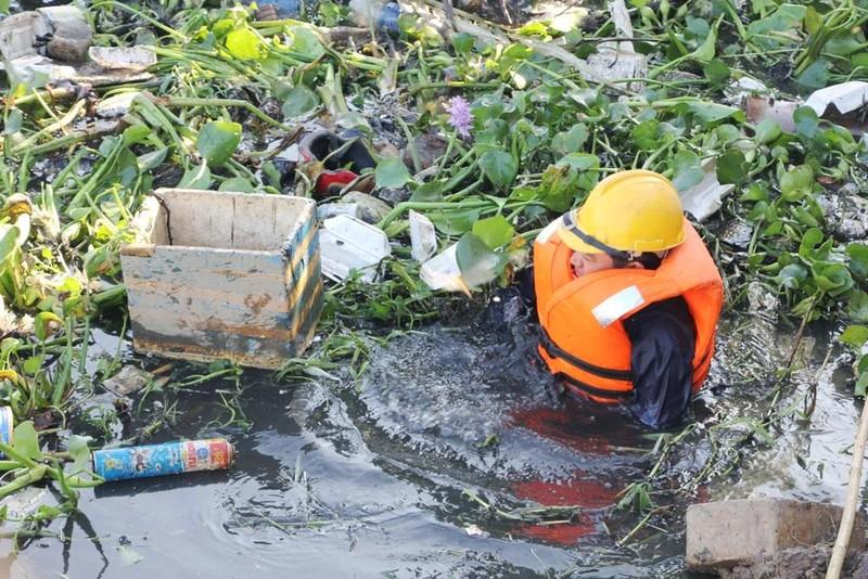 Tiếp tục nỗ lực vận động người dân không xả rác bừa bãi - ảnh 1