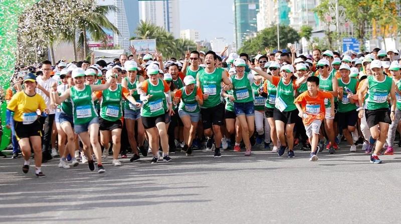 Manulife Việt Nam tài trợ 5 năm marathon quốc tế Đà Nẵng - ảnh 2