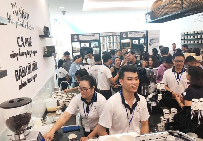 Trung Nguyên Legend ra mắt chuỗi cà phê 'E-Coffee' trẻ trung - ảnh 1