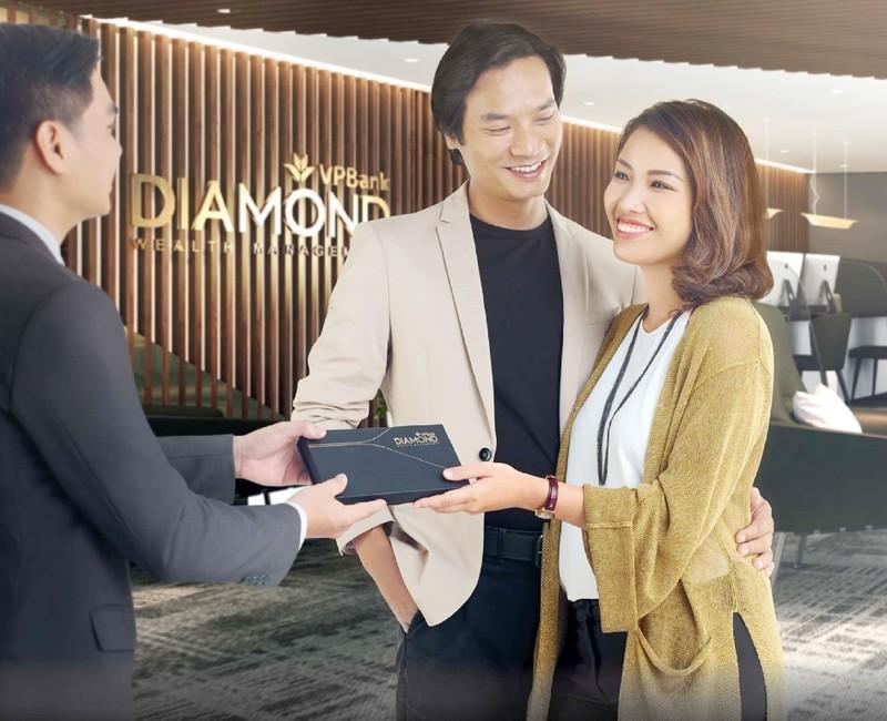 """VPBank tung ưu đãi """"sốc"""" với nhóm khách siêu giàu - ảnh 1"""