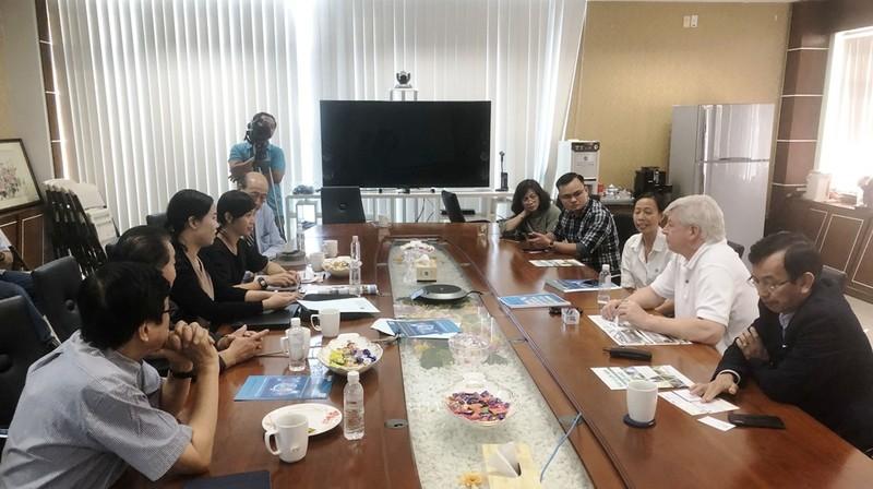 DN Nhật gặp gỡ David Duong chào bán công nghệ xử lý rác thải - ảnh 2