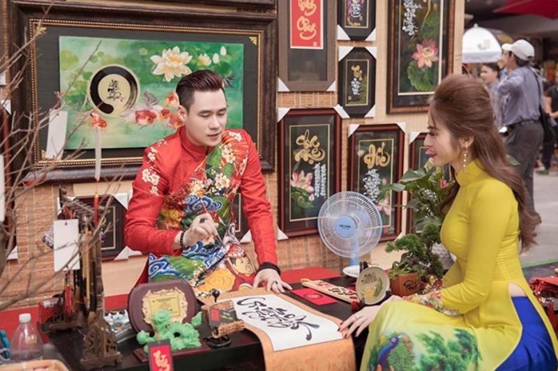Khánh Phương tặng 200 phần quà cho người thân, bạn bè dịp tết - ảnh 3