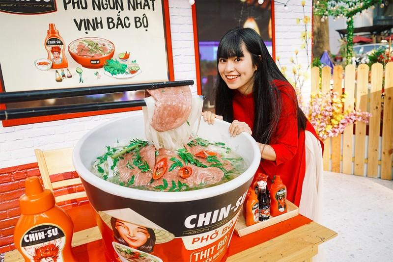 Ngắm ảnh hot girl Mắt Biếc check-in ở Góc Phố Xuân 2020 - ảnh 1