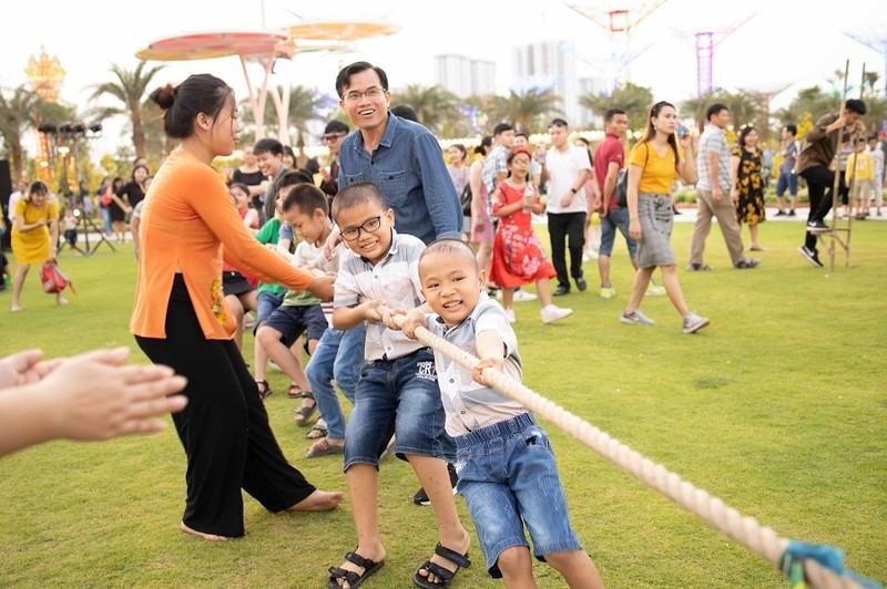 Độc đáo bay khinh khí cầu ngay giữa lòng Sài Gòn - ảnh 7