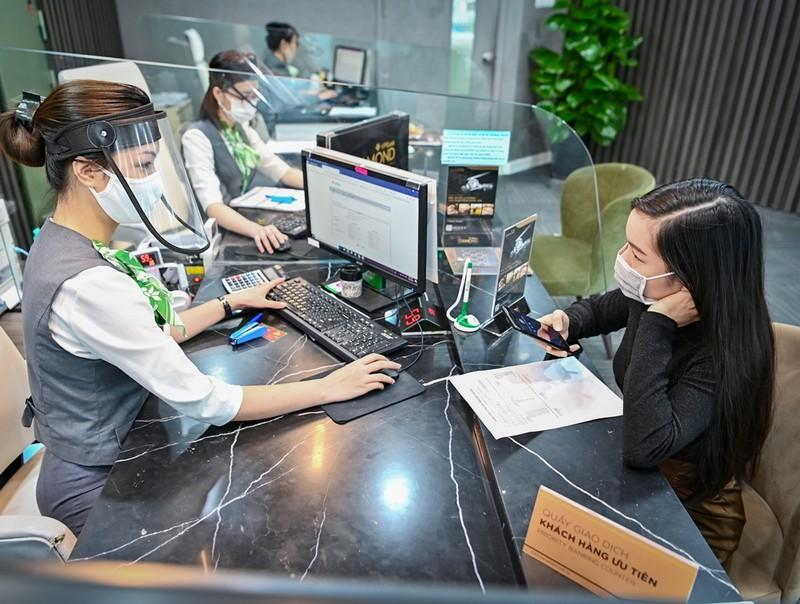 Mỗi ngày VPBank giải quyết hàng ngàn hồ sơ giảm, giãn nợ - ảnh 2