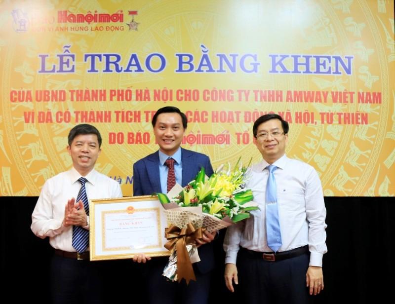 Amway Việt Nam nhận bằng khen của Hà Nội và Lạng Sơn - ảnh 1