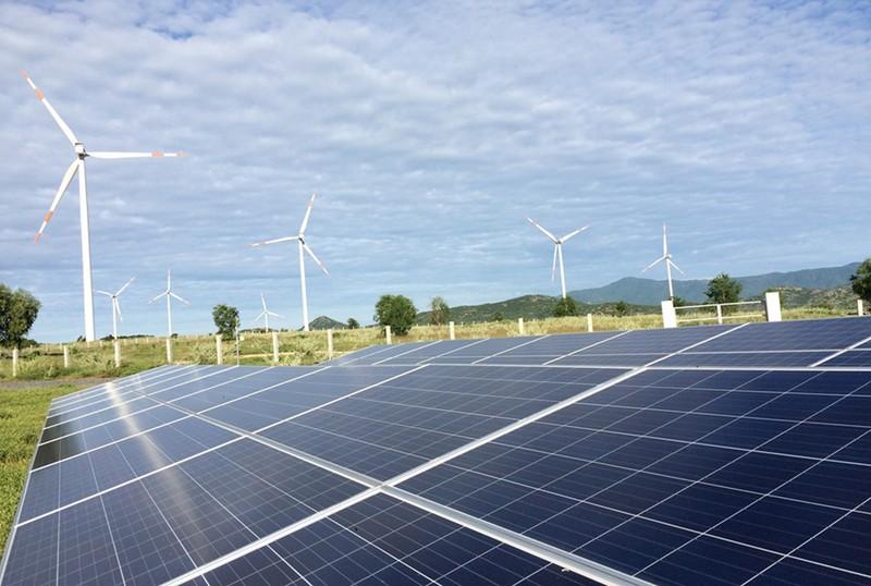 EVN tiếp tục tạo điều kiện cho các nhà máy điện mặt trời - ảnh 1