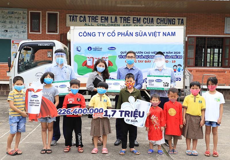 Vinamilk: Để mọi trẻ em được uống sữa mỗi ngày - ảnh 1
