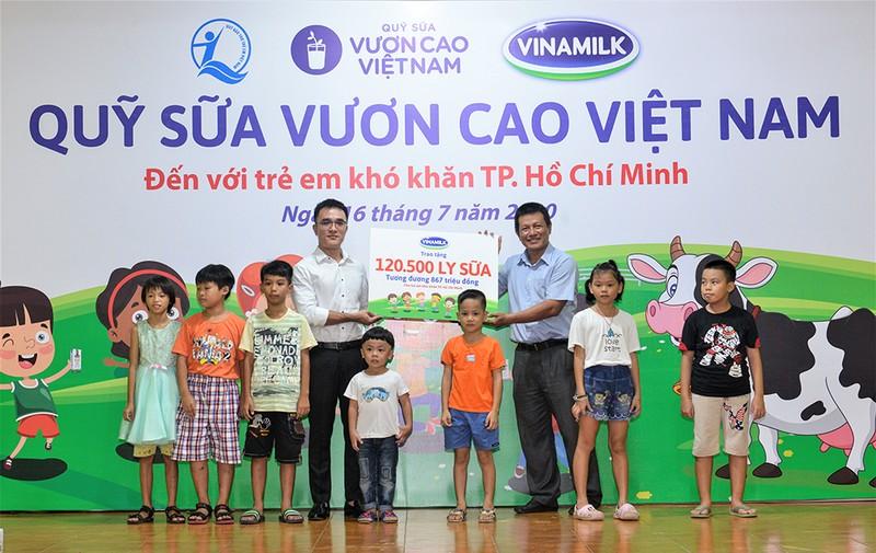 Vinamilk: Để mọi trẻ em được uống sữa mỗi ngày - ảnh 5