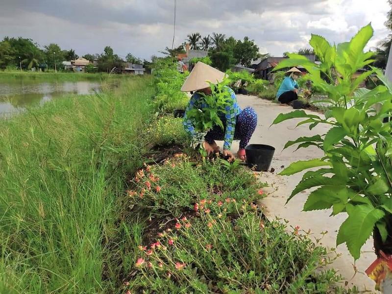 Huyện Bình Chánh: Xóa được nhiều điểm đen về rác - ảnh 2
