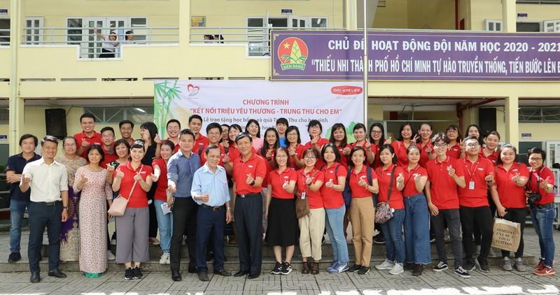 Dai-ichi Life Việt Nam mang Trung thu đến với học sinh TP.HCM - ảnh 2