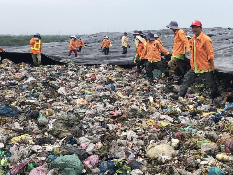 TP.HCM tăng cường quản lý nguồn thải và chất thải công nghiệp - ảnh 1