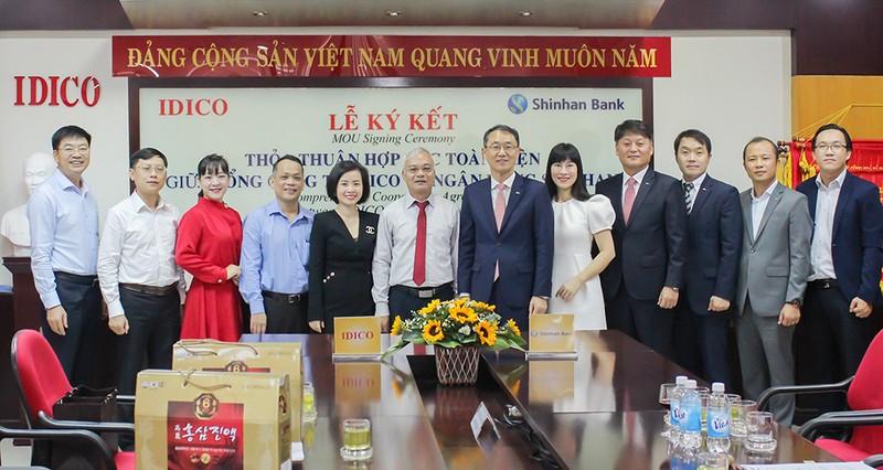Ngân hàng Shinhan ký hợp tác với hàng loạt đối tác - ảnh 1