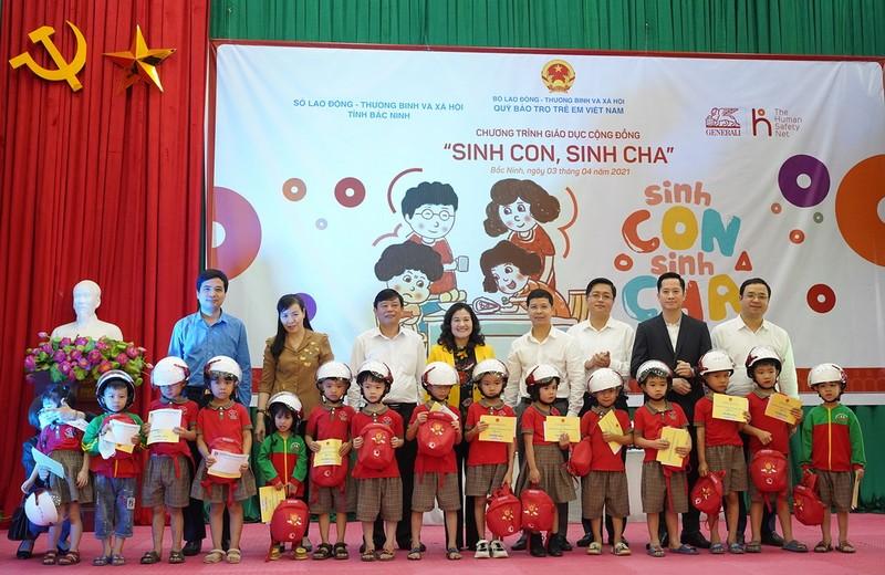 """Chương trình giáo dục cộng đồng """"Sinh con-Sinh cha"""" ở Bắc Ninh - ảnh 1"""
