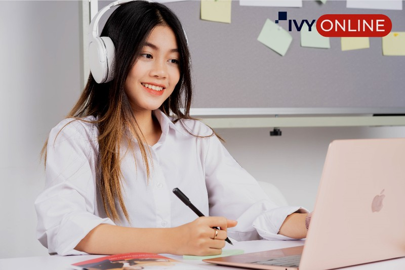 Ra mắt IvyOnline đào tạo tiếng Anh và du học trực tuyến - ảnh 1