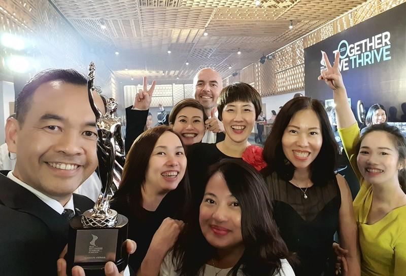 """Manulife Việt Nam nhận giải thưởng """"Nơi làm việc tốt nhất châu Á 2021"""" - ảnh 2"""
