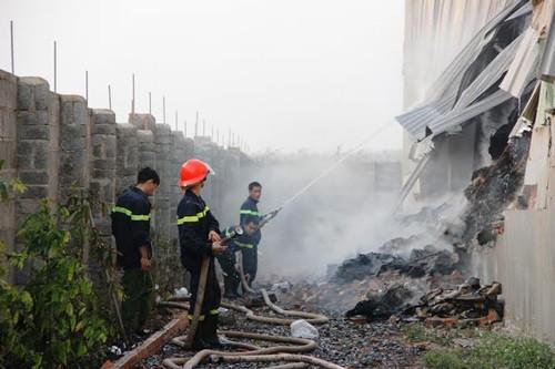nổ lớn, kho giấy, 1.000 tấn, cháy thành tro, Đắk Lắk