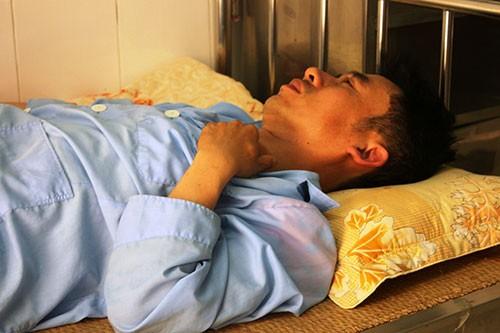 Tạm giam thanh niên không chấp hành hiệu lệnh, hạ gục CSGT trên đường - ảnh 3
