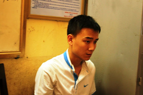 Tạm giam thanh niên không chấp hành hiệu lệnh, hạ gục CSGT trên đường - ảnh 4