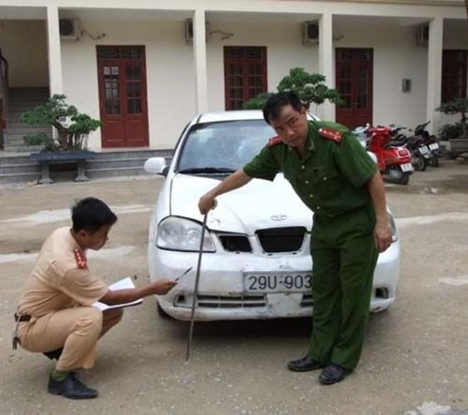 Sau khi gây tai nan, Định đã chủ động sơn đổi màu xe nhằm trốn trách trách nhiệm.