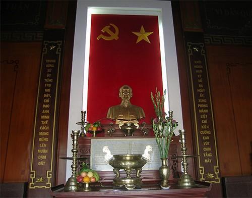 Chùm ảnh Tượng đài tại Đền Tưởng niệm Ngã Ba Giồng (1) - ảnh 2