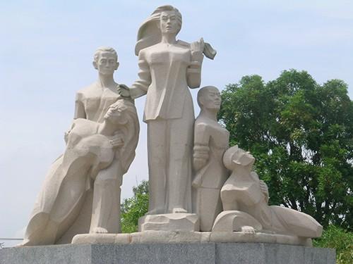 Chùm ảnh Tượng đài tại Đền Tưởng niệm Ngã Ba Giồng (1) - ảnh 8