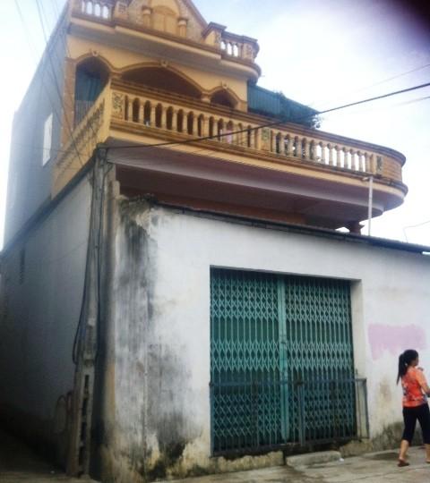 Ngôi nhà, nơi em Hiểu tử vong trên tầng 2 do bị dây phơi quấn cổ