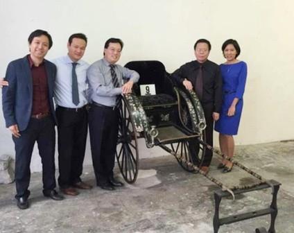 Chiếc xe kéo vua Thành Thái tại đại sứ Quán Việt Nam ở Pháp (ảnh: TS. Phan Thanh Hải cung cấp)