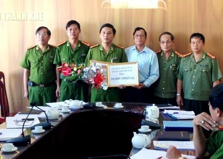 Lãnh đạo quận Thanh Khê thưởng nóng cho ban chuyên án