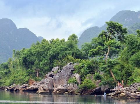 Xây cáp treo ở Phong Nha Kẻ Bàng: Di sản Thế giới có nguy cơ vào 'danh sách đen' - ảnh 1