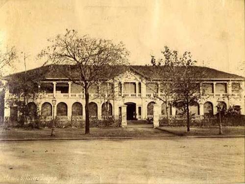 Tòa nhà cổ trụ sở UBND quận 1 có bị phá bỏ? - ảnh 2