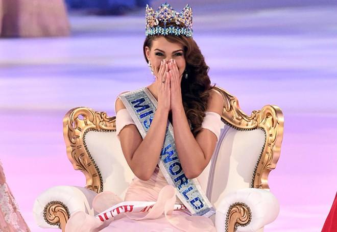Chung kết Hoa hậu thế giới: Nguyễn Thị Loan ở top 25 - ảnh 2