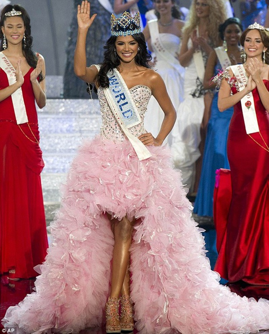 Hoa hậu Thế giới, hoa khôi áo dài