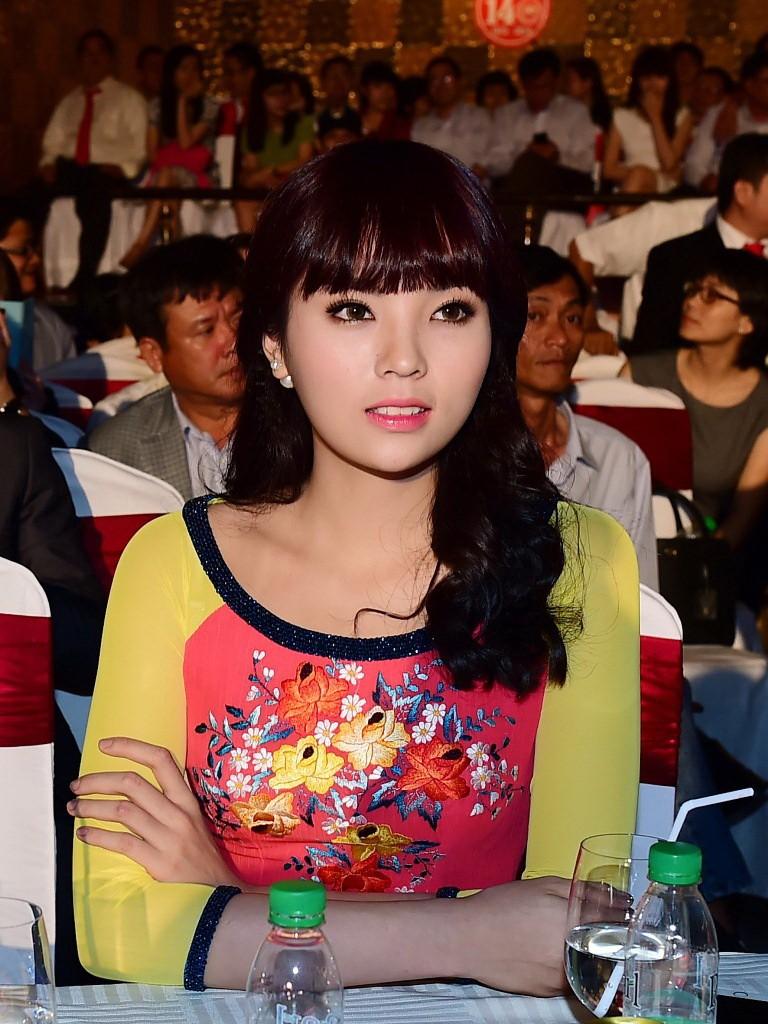 Hoa hậu Kỳ Duyên xinh xắn với tóc mới - ảnh 4