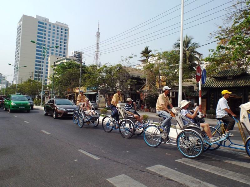 Tàu du lịch đưa gần 3 nghìn khách đến Nha Trang  - ảnh 4