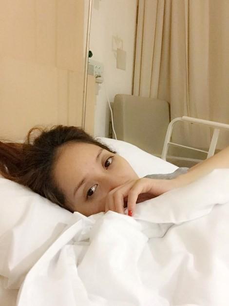 Khánh Thi, Phan Hiển, nhập viện, kém 12 tuổi, học trò, có bầu