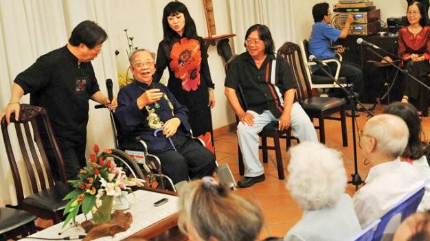 Giáo sư Trần Văn Khê hơn nửa đời người mới trở lại quê nhà - ảnh 3