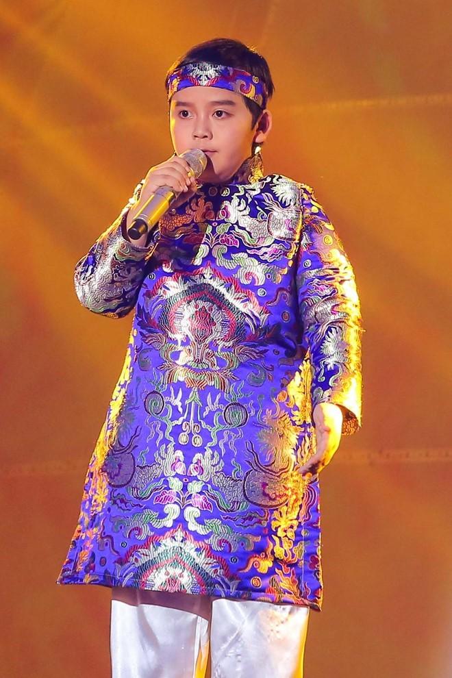 Nhat Minh tro thanh quan quan The Voice Kids 2016 hinh anh 10
