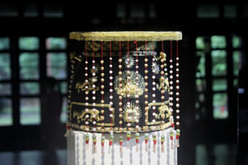 Huế:Chiêm ngưỡng bảo vật triều Nguyễn sau 71 năm trở về - ảnh 1