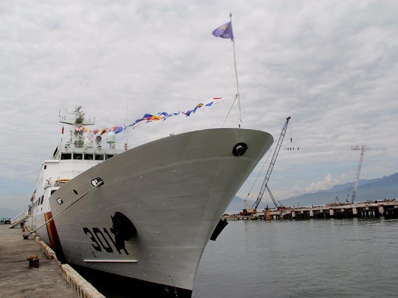 Tàu Lực lượng Bảo vệ bờ biển Hàn Quốc thăm Đà Nẵng - ảnh 2