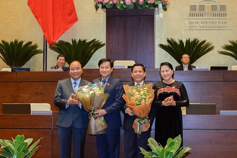 Chủ tịch nước ký miễn, bổ nhiệm 2 thành viên CP - ảnh 2