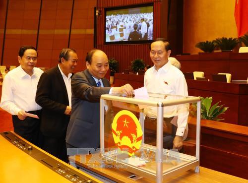 Chủ tịch nước ký miễn, bổ nhiệm 2 thành viên CP - ảnh 3
