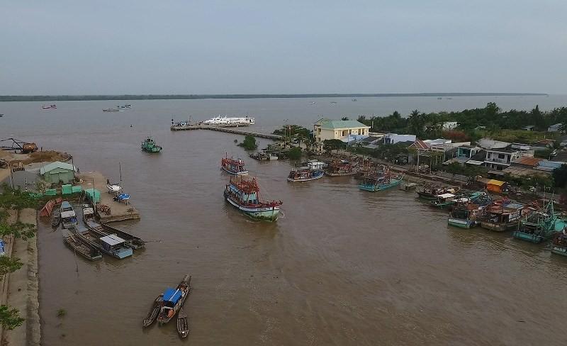 Phó Thủ tướng Trịnh Đình Dũng thị sát ứng phó bão  - ảnh 1