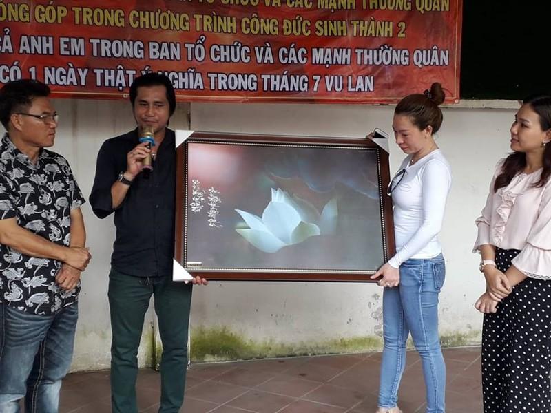Nghệ sĩ Xuân Anh trao 150 suất học bổng cho HS nghèo Củ Chi - ảnh 9