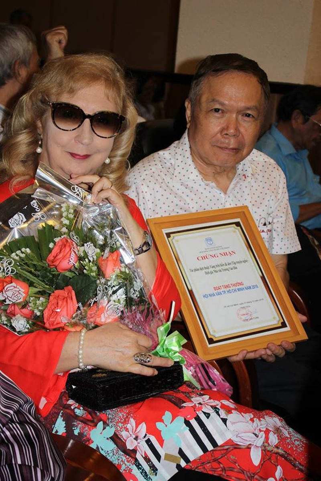 Giải thưởng Hội Nhà văn TP.HCM tôn vinh nhà thơ Lê Giang - ảnh 5